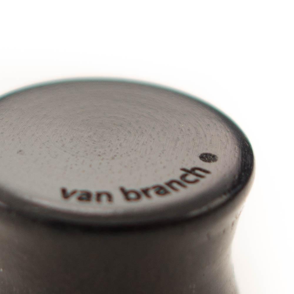 Holz Plug Bär Ebenholz - van branch - Branding Detail