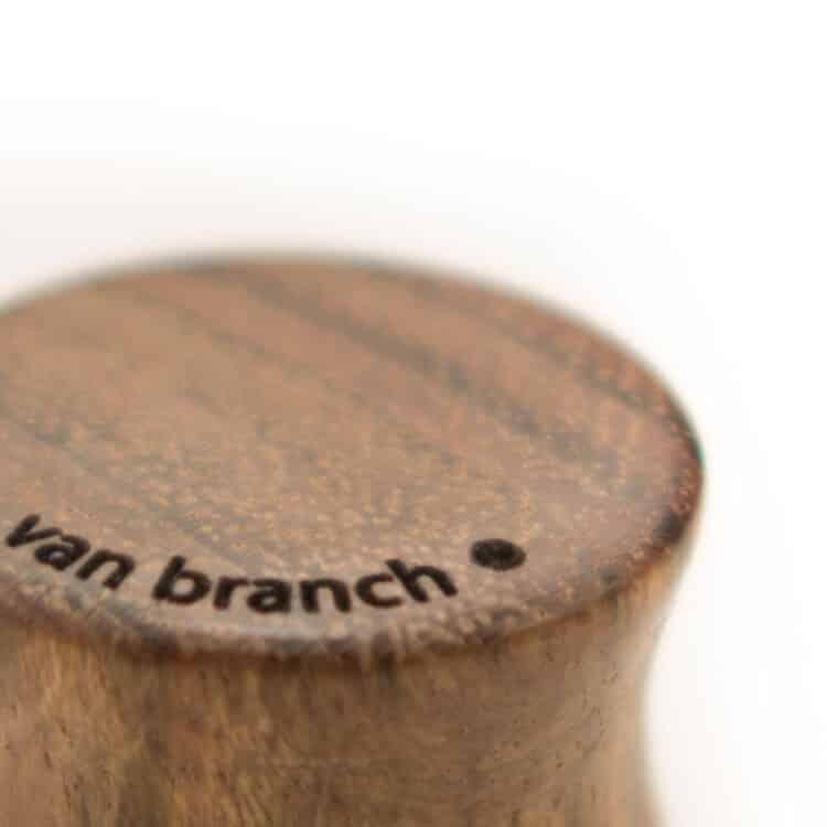 Holz Plug Schwert Chechen - van branch - Branding Detail