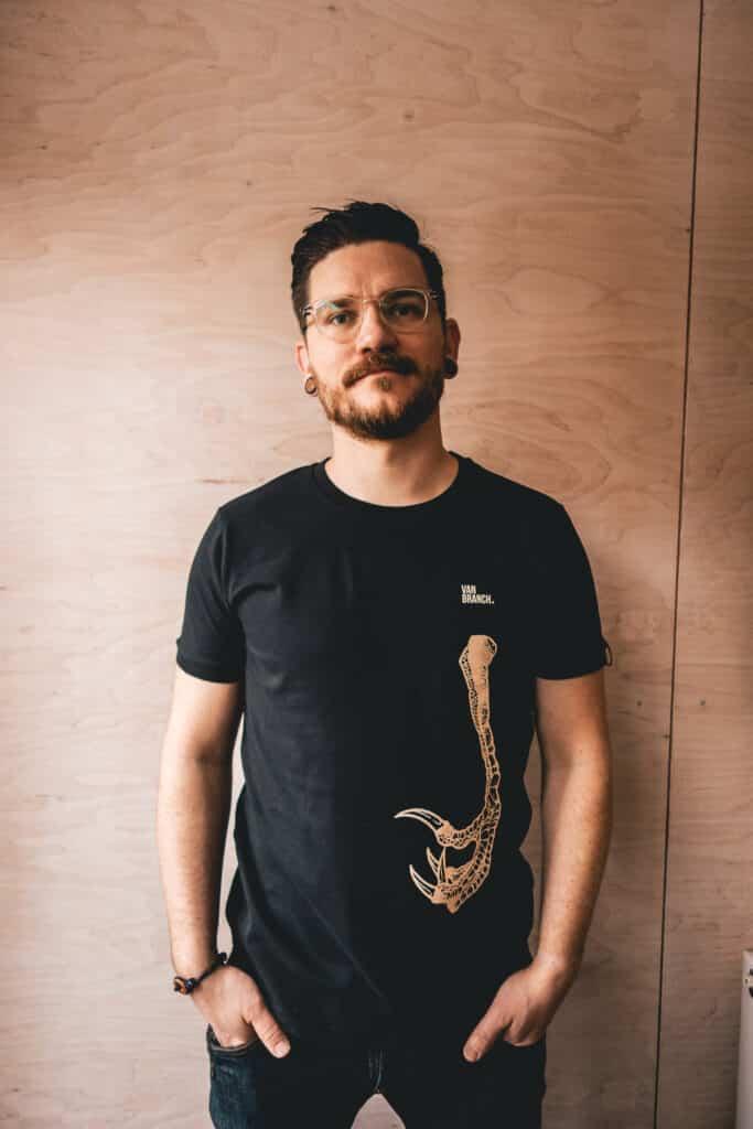 Shirt schwarz KRALLE-2