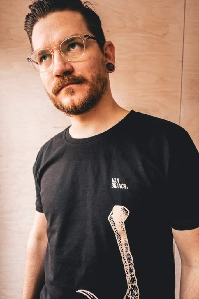 Shirt schwarz KRALLE-7