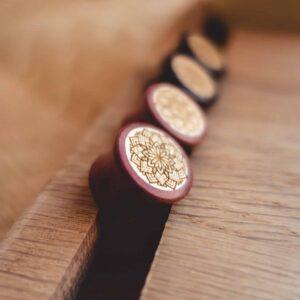 Handgefertigte 20mm Plugs für Ohren aus Pink Ivory und Ilex mit Mandala