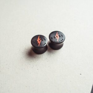 Metal Motiv - Plugs aus Ebenholz