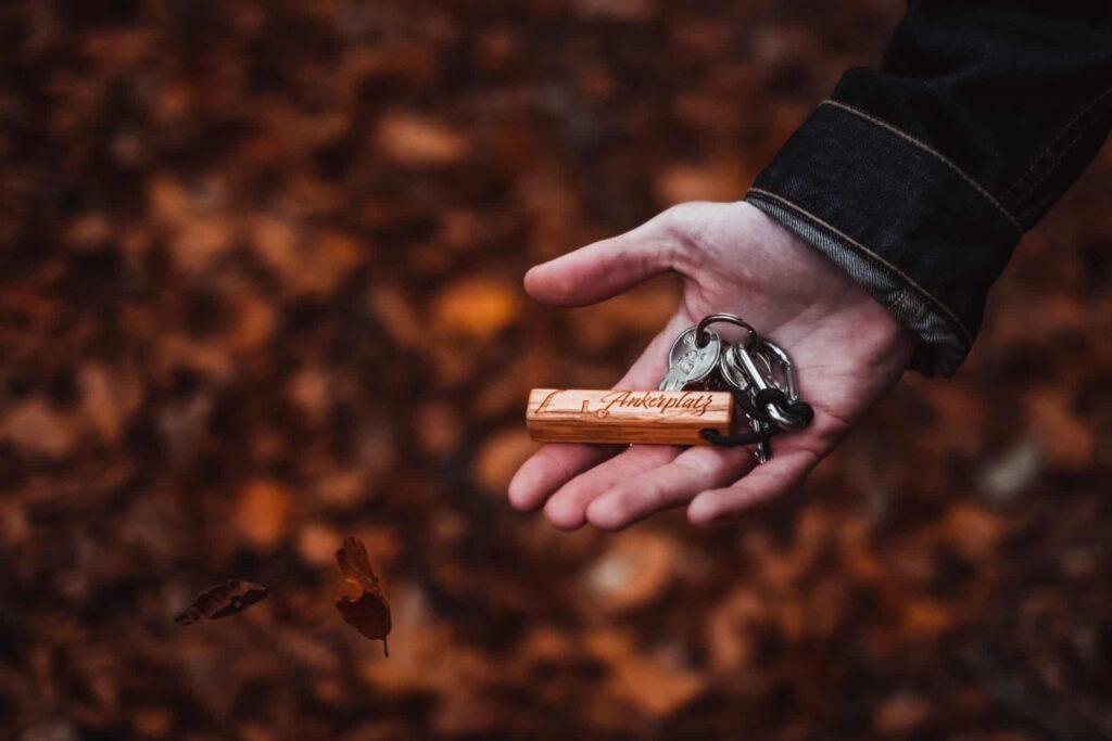 Ankerplatz - Olivenholz Schlüsselanhänger