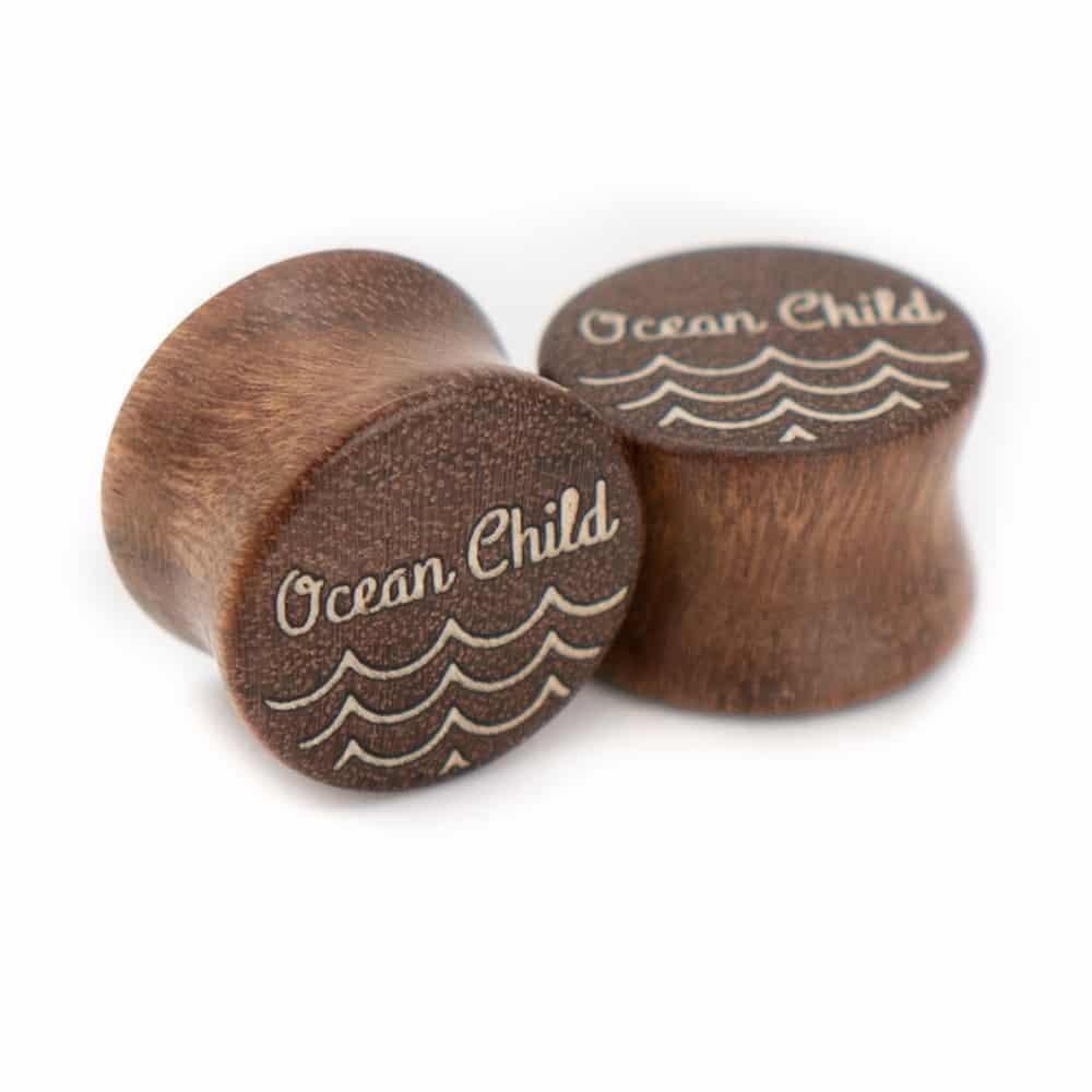 Ocean Child van branchindividuell Handgefertigte Holz Plugs 14mm aus Chechen mit Ilex Intarsie