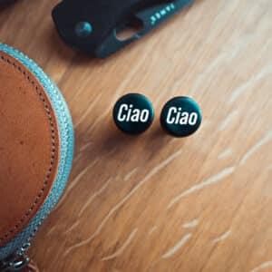 Ciao Motiv Plugs Ebenholz mit Einlage aus Ilex von van branch, handgefertigt für Dich